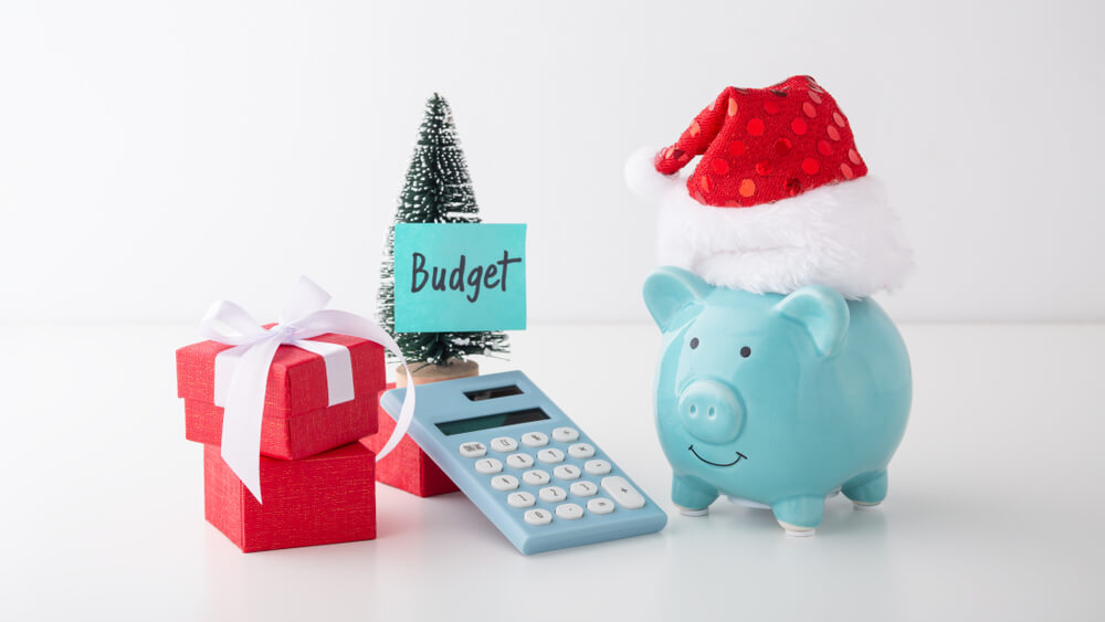 Holiday shopping budget title loans.